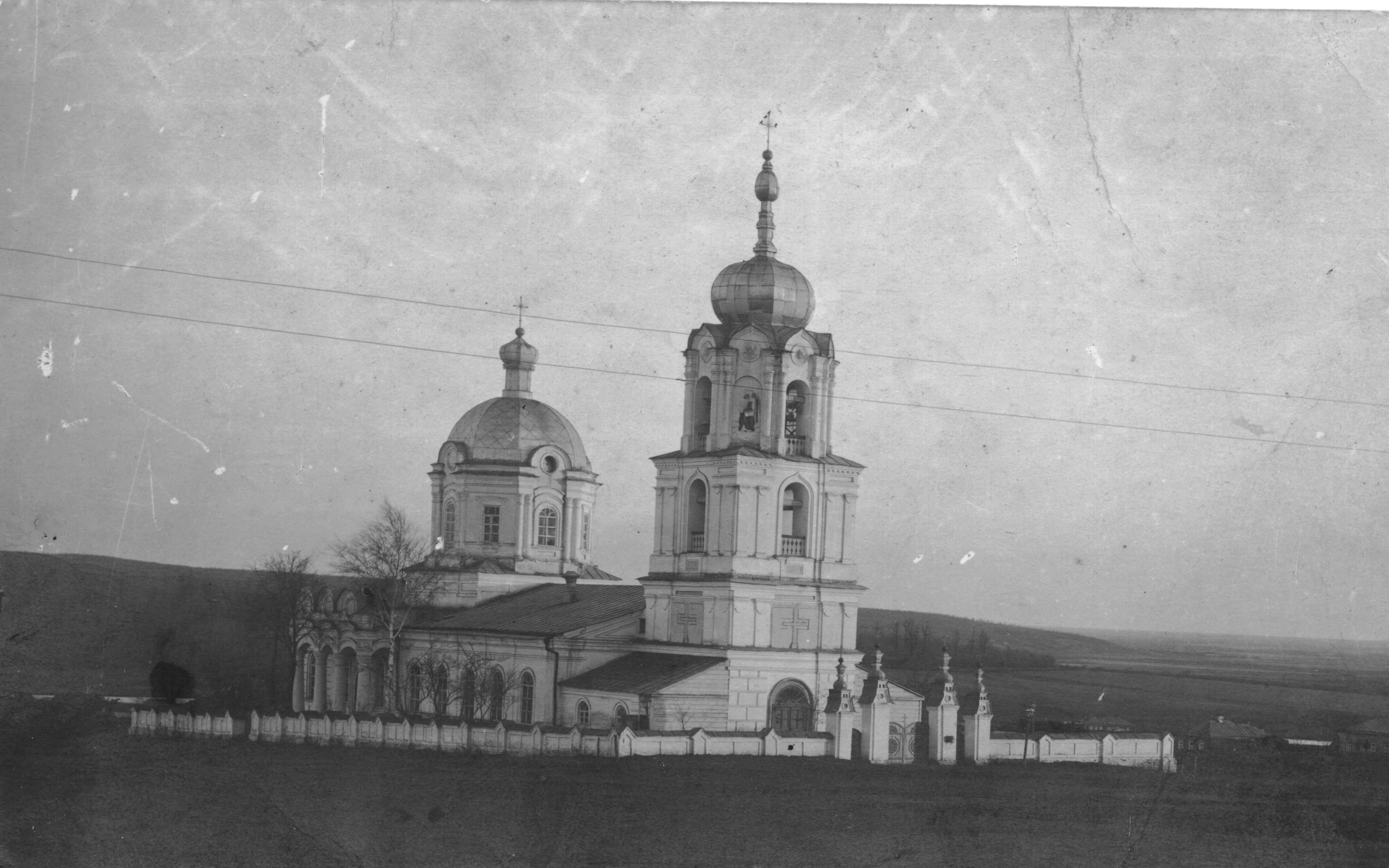 Никольская церковь находилась на месте второй школы , вид со стороны пенсионного фонда - Чембар_Никольская_церковь.jpg