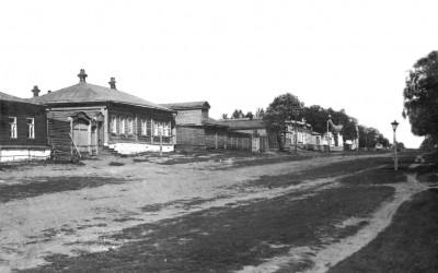 Лермонтовская улица, вид со стороны перекрестка с Коммунальной - Чембар_Лермонтовская_улица.jpg